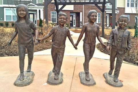 2017 Custom Made Four Bronze Child Sculptures for Backyard Decor