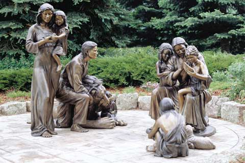 Customized Warming Large Bronze Family Sculpture for Yard Decor