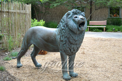 Garden standing Casting Bronze Lion Statues