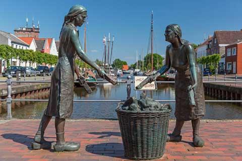 High Workmanship Life Size Street Art Bronze Woman Statues