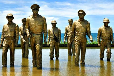 Bronze MacArthur Leyte-Landing Memorial Sculptures for Sale BOKK-484